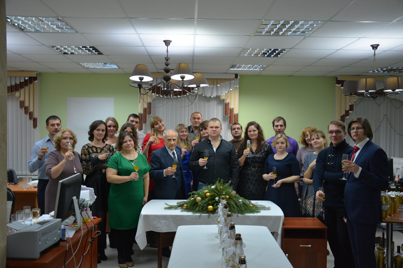 """Сотрудники НПЦ """"Агропищепром"""" поздравляют Вас с наступающими праздниками!"""